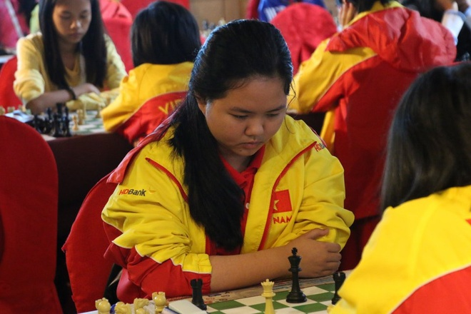 Bach Ngoc Thuy Duong vo dich co nhanh U16 the gioi hinh anh 1