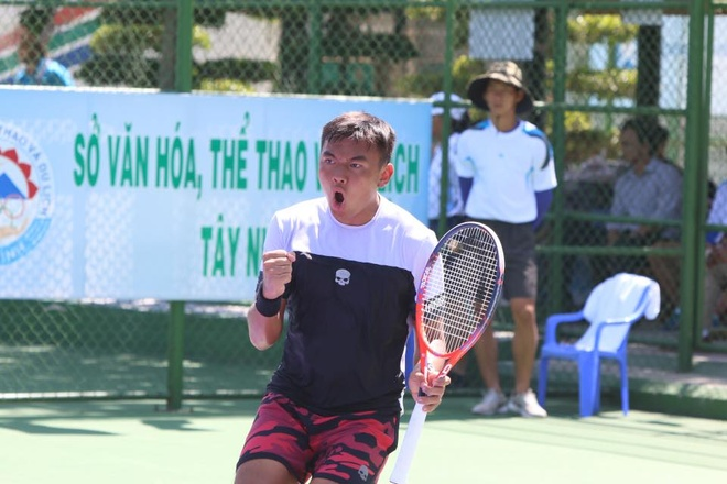 Ly Hoang Nam vao top 400 the gioi anh 1