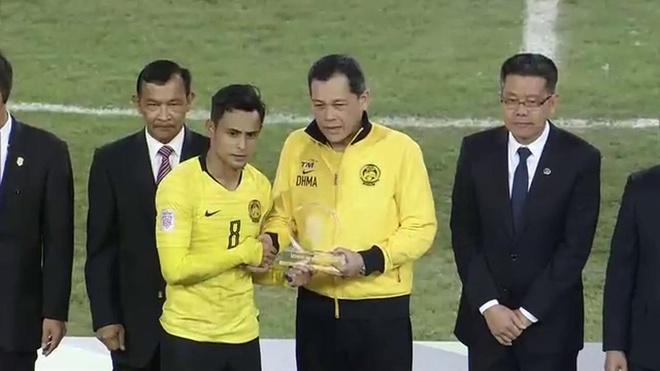 Tuyen Malaysia nhan giai Fair-play tai AFF Cup hinh anh