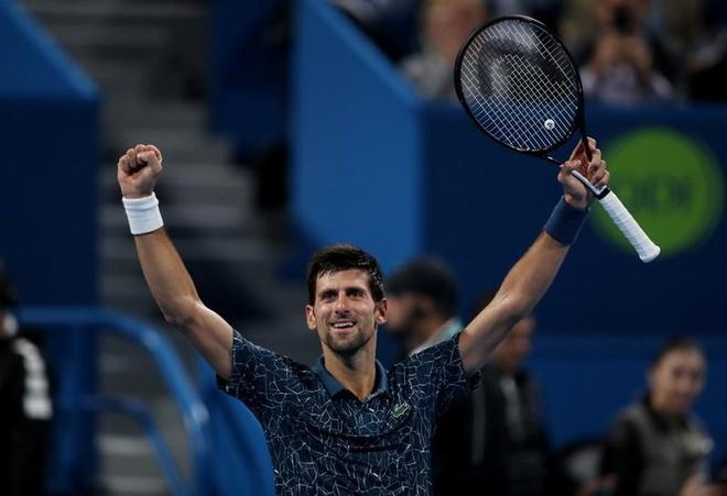 Djokovic nguoc dong vao ban ket Qatar Open hinh anh