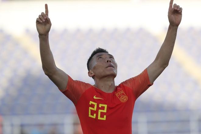 HLV Lippi: 'Sai lam cua thu mon Kyrgyzstan la buoc ngoat tran dau' hinh anh 1