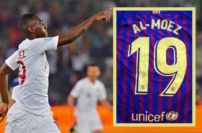 Vua pha luoi Asian Cup nhan mon qua dac biet tu Messi hinh anh 1