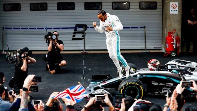 Hamilton thang chang dua F1 thu 1.000 o Trung Quoc hinh anh 1