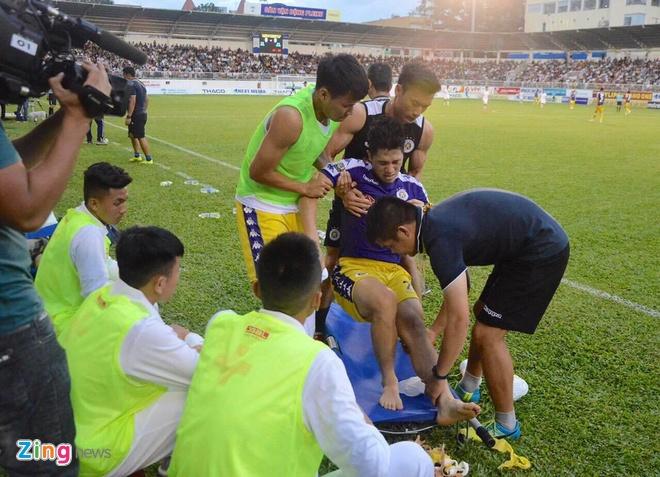 Thanh Chung thay Dinh Trong du King's Cup cung tuyen Viet Nam hinh anh 2