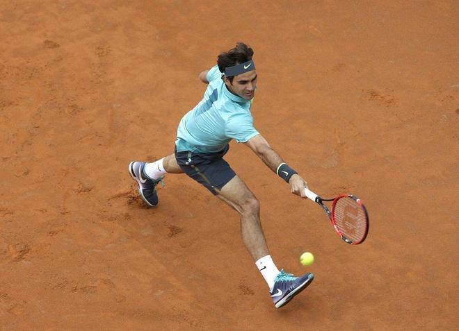 Chi co phep mau moi giup Federer thanh cong tren san dat nen hinh anh 1
