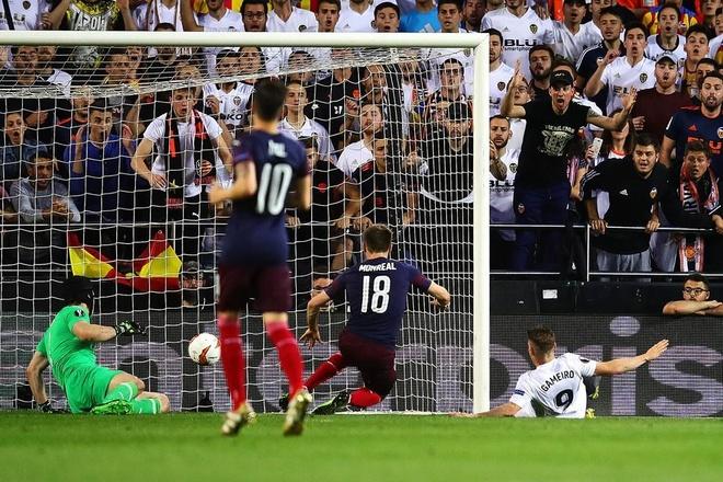Aubameyang lap hat-trick dua Arsenal vao chung ket Europa League hinh anh 1
