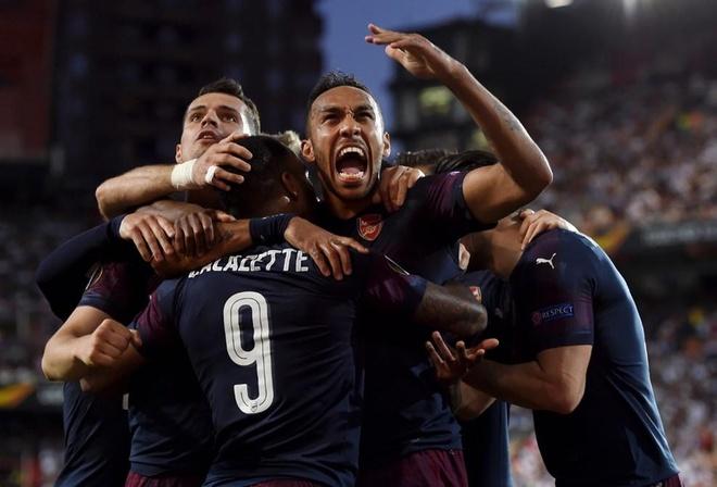 Aubameyang lap hat-trick dua Arsenal vao chung ket Europa League hinh anh 2