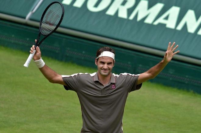 Federer thang vat va Tsonga tai Halle Open hinh anh