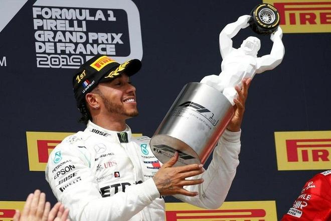 Hamilton giup Mercedes thong tri mua giai F1 nam nay hinh anh