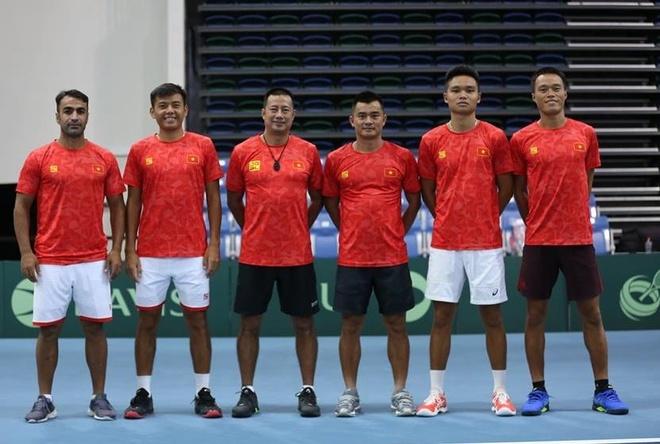 Tuyen quan vot Viet Nam thang hang len nhom 2 Davis Cup hinh anh 1