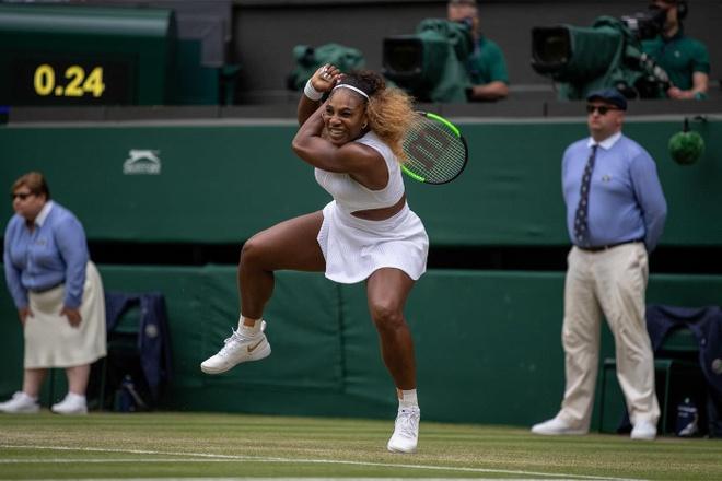 Serena dau Halep tai chung ket Wimbledon 2019 hinh anh 2