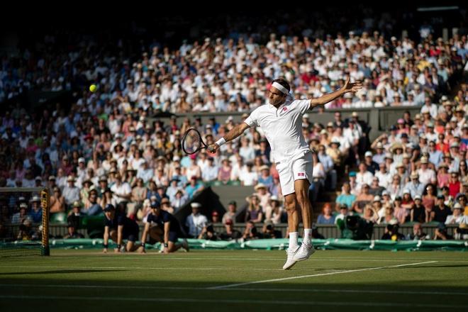 Federer an mung day cam xuc khi ha Nadal de vao chung ket Wimbledon hinh anh 6