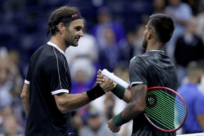Federer thang tran ra quan US Open anh 1