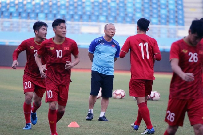 Nguoi hung World Cup Hiddink va Park Hang-seo doi dau sau 17 nam hinh anh 1