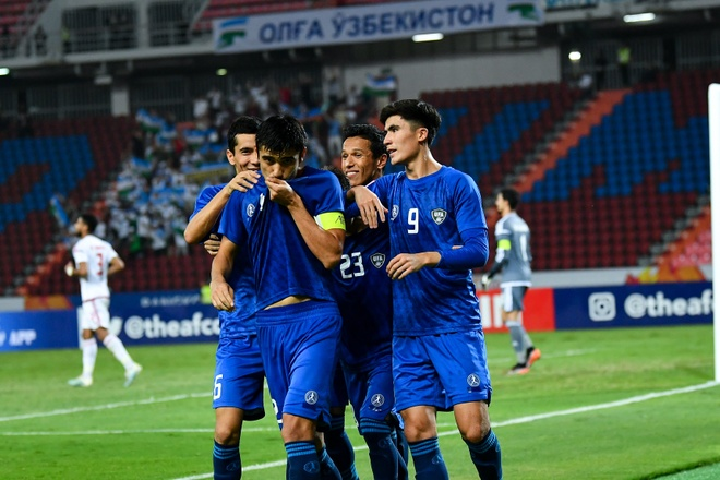 De bep UAE 5-1, U23 Uzbekistan gianh quyen vao ban ket chau A hinh anh 2 EOpkUkOXsAESZMM.jpg