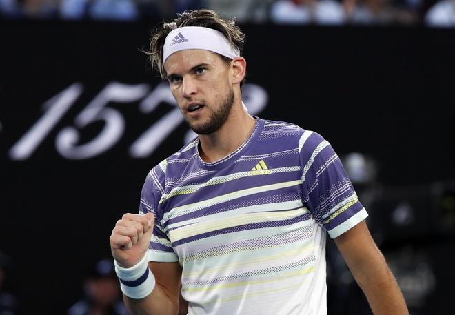 Ha Thiem sau 5 set, Djokovic lan thu 8 vo dich Australian Open hinh anh 1 2020_02_02T090747Z_2002744300_UP1EG220PCZ58_RTRMADP_3_TENNIS_AUSOPEN.JPG