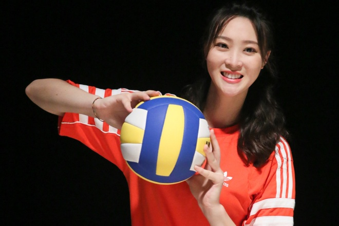 Hue Nhuoc Ky - chan dai bong chuyen vang bong mot thoi hinh anh 2 673e817b41f7421d9977c8c26abf70b7.jpeg