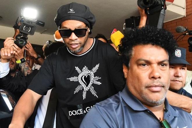 Ronaldinho van chua the roi nha tu o Paraguay hinh anh 1 rodi.jpg