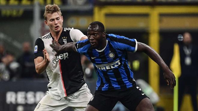 Lukaku suyt tro thang dong doi Ronaldo tai Juventus anh 1