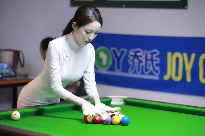 Nhan sac nu trong tai billiards thu hut su chu y o Trung Quoc hinh anh 3 t5.jpg