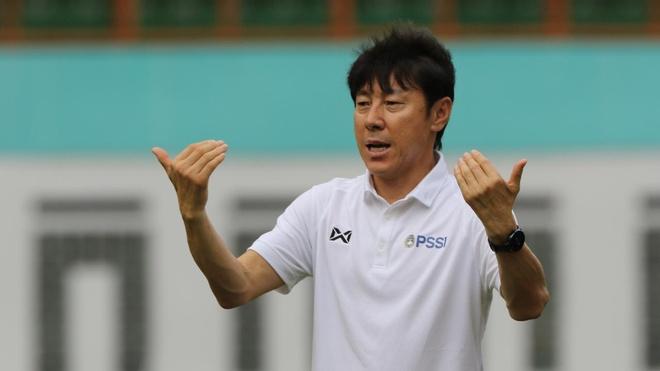 HLV Shin Tae-yong sap bi sa thai anh 2