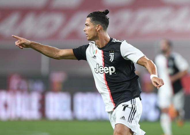 Nc247info tổng hợp: Ronaldo sút xa đẳng cấp, Juventus giữ vững ngôi đầu