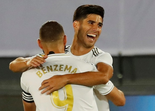 Real Madrid gap Alaves anh 2