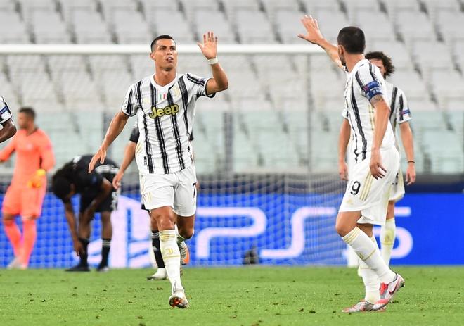 Juventus vs Lyon anh 2