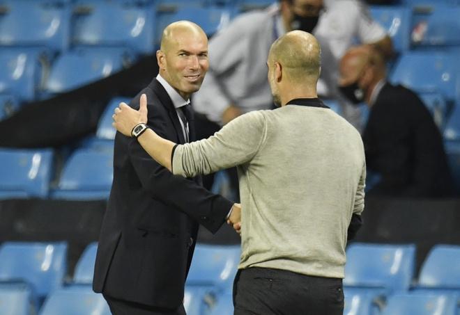 Zidane lap ky luc buon anh 1