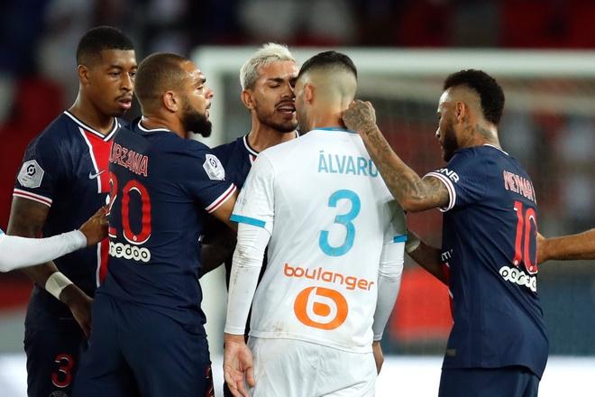 Neymar bi cam 2 tran anh 1