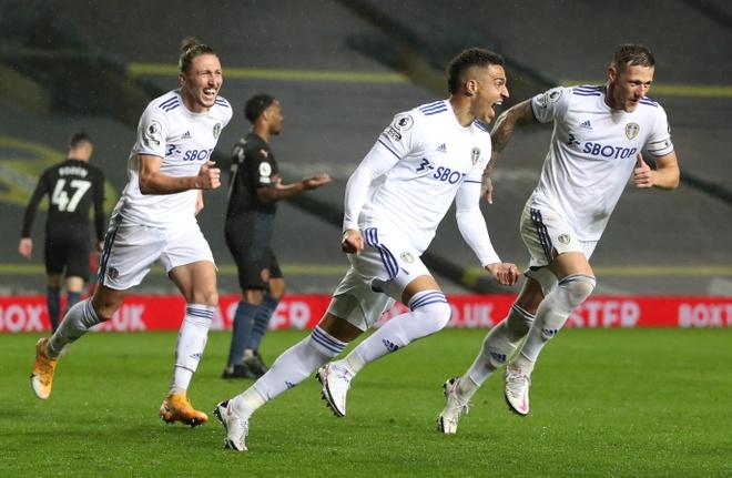 Leeds Utd dau voi Man City anh 3