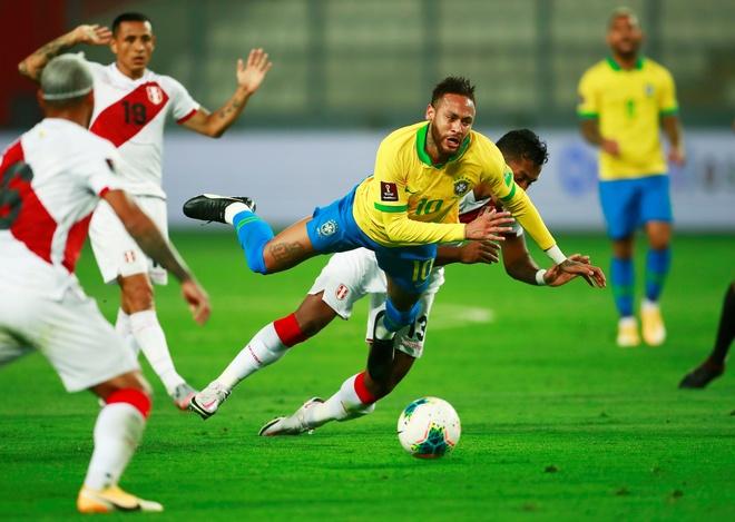 Truc tiep Peru vs Brazil anh 10