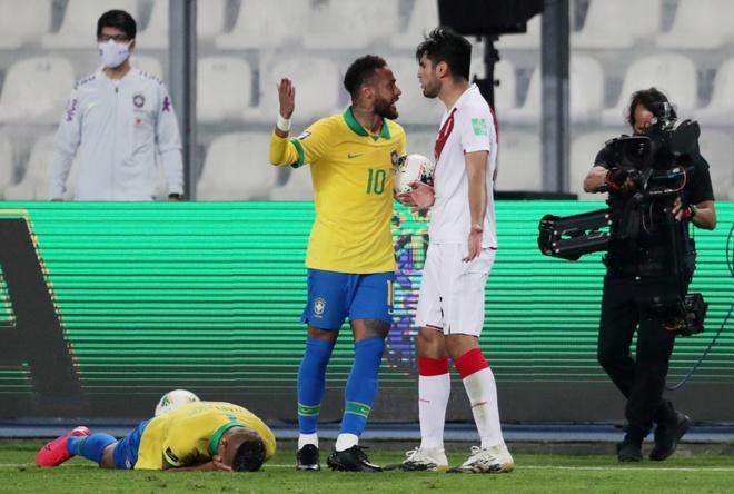 Truc tiep Peru vs Brazil anh 3