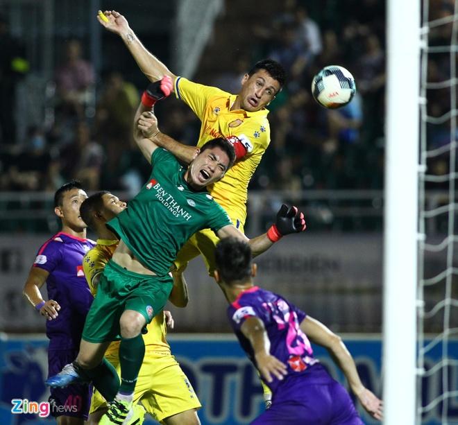 CLB Nam Dinh vs Ha Noi anh 5