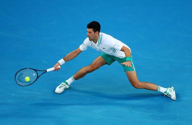 Djokovic vs Medvedev anh 35