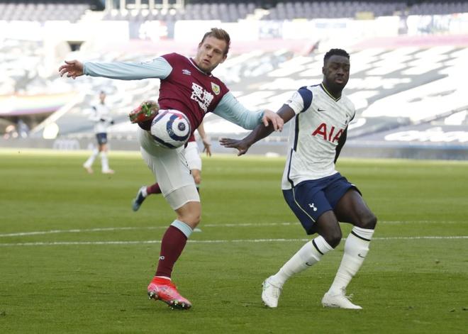Tottenham vs Burnley anh 17