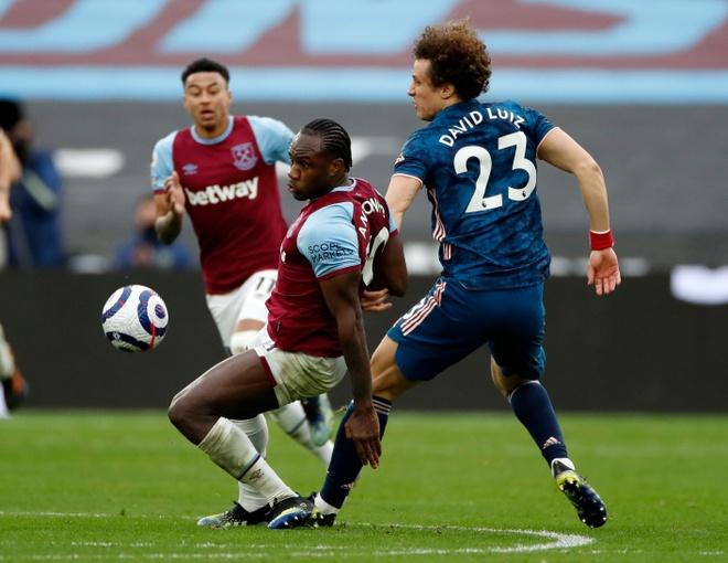 West Ham vs Arsenal anh 23