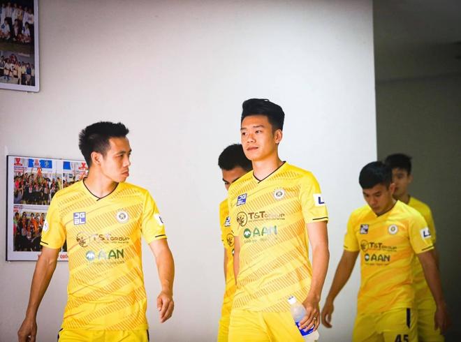 CLB Da Nang vs CLB Ha Noi anh 6