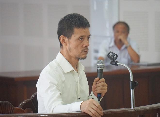 Du khach Trung Quoc trom hon 400 trieu dong tren may bay linh 8 nam tu hinh anh 1
