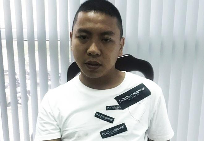 Nguoi dan bat ten cuop iPhone cua du khach Trung Quoc hinh anh 1