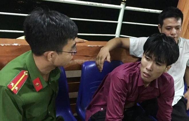 Cả trăm người tìm thanh niên ngáo đá nhảy xuống vực ở Đà Nẵng