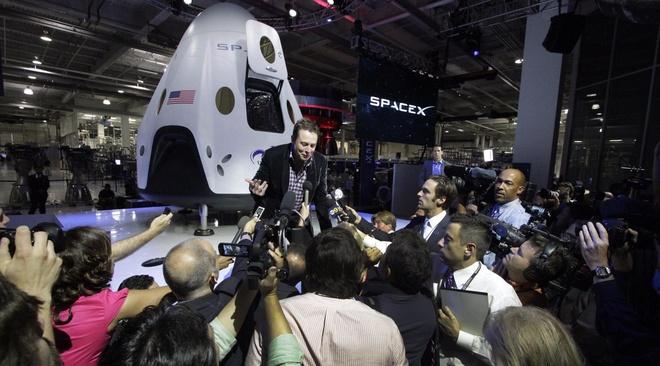 Elon Musk lam viec nhu the nao? hinh anh
