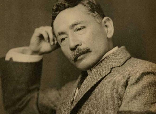 'Goi dau len co': Mot buc tranh hu ao cua Natsume Soseki hinh anh 2