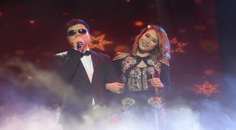 My Tam moi chang trai khiem thi song ca trong live show hinh anh