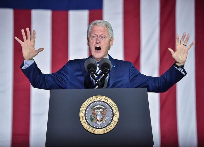 Bill Clinton viet tieu thuyet ve tong thong mat tich hinh anh