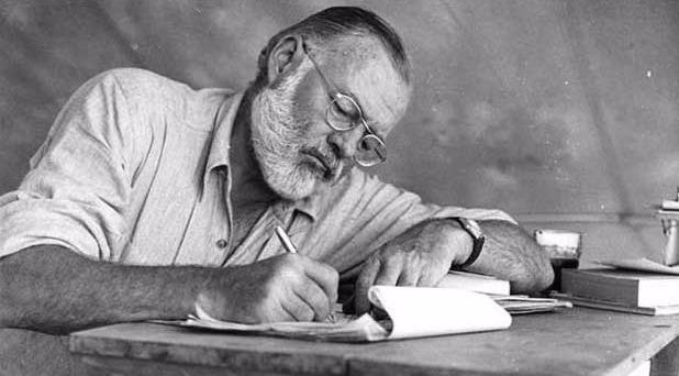 Ra mat cuon tieu su moi ve van hao nguoi My Hemingway hinh anh