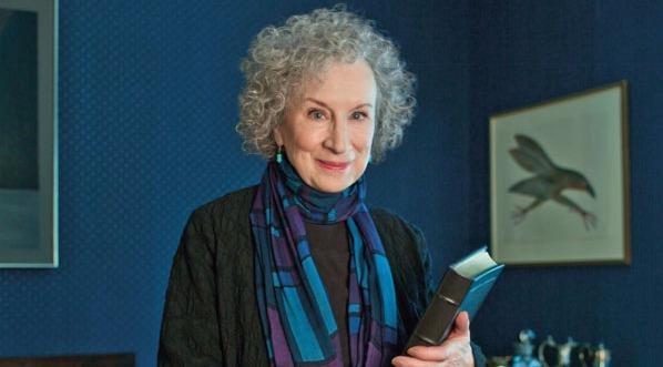 Margaret Atwood gianh giai German Peace Prize nam 2017 hinh anh