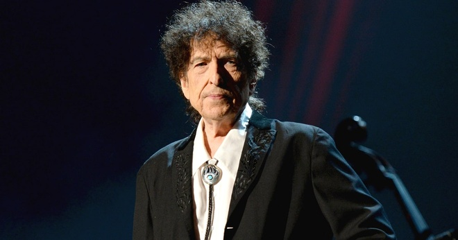 Bob Dylan bi cao buoc dao van trong bai dien tu nhan giai Nobel hinh anh 1