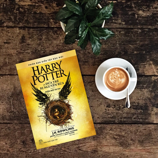 JK Rowling,  Harry Potter anh 2