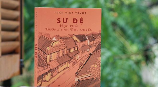 Van nhan Ha Noi on ky niem trong ra mat sach vo su Viet Trung hinh anh